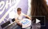 Раздавать автографы Андрей Аршавин пришел по-английски