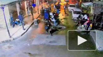 В Петербурге задержали иностранца, ранившего четырех человек в массовой драке на Садовой