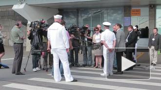 Экскурсия по  «Карру».  Журналистов заманили на борт  НАТОвского корабля