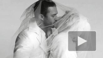 Леди Гага обручилась с актером Тейлором Кинни