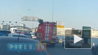 Видео: на Синопской набережной столкнулись сразу 4 автомобиля