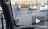 Очевидец снял на видео, как наркоман с ножом напал на полицейских на площади Восстания