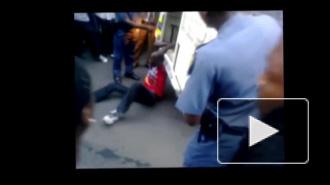 Видео: полиция зверски убивает водителя за неправильную парковку