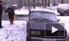 Садист на проспекте Художников держит ротвейлера в багажнике