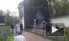 Видео: на площади Александра Невского рисуют новое граффити с Сергеем Бодровым