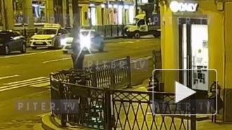 """Жесткое столкновение легкового авто и """"Газели"""" у Пяти углов попало на видео"""