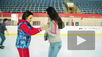 Чемпионы мира научили кататься на коньках