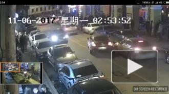 На улице клубов Bentley протаранил несколько авто