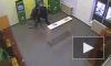 В Петербурге грабители вырвали банкомат с помощью металлического троса