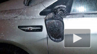 Вандал повредил 15 автомобилей на проспекте Стачек