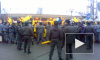 Фанаты «Анжи» с криками «Кавказ» штурмуют стадион «Петровский»