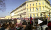 Шествие ветеранов по Невскому проспекту 9 мая